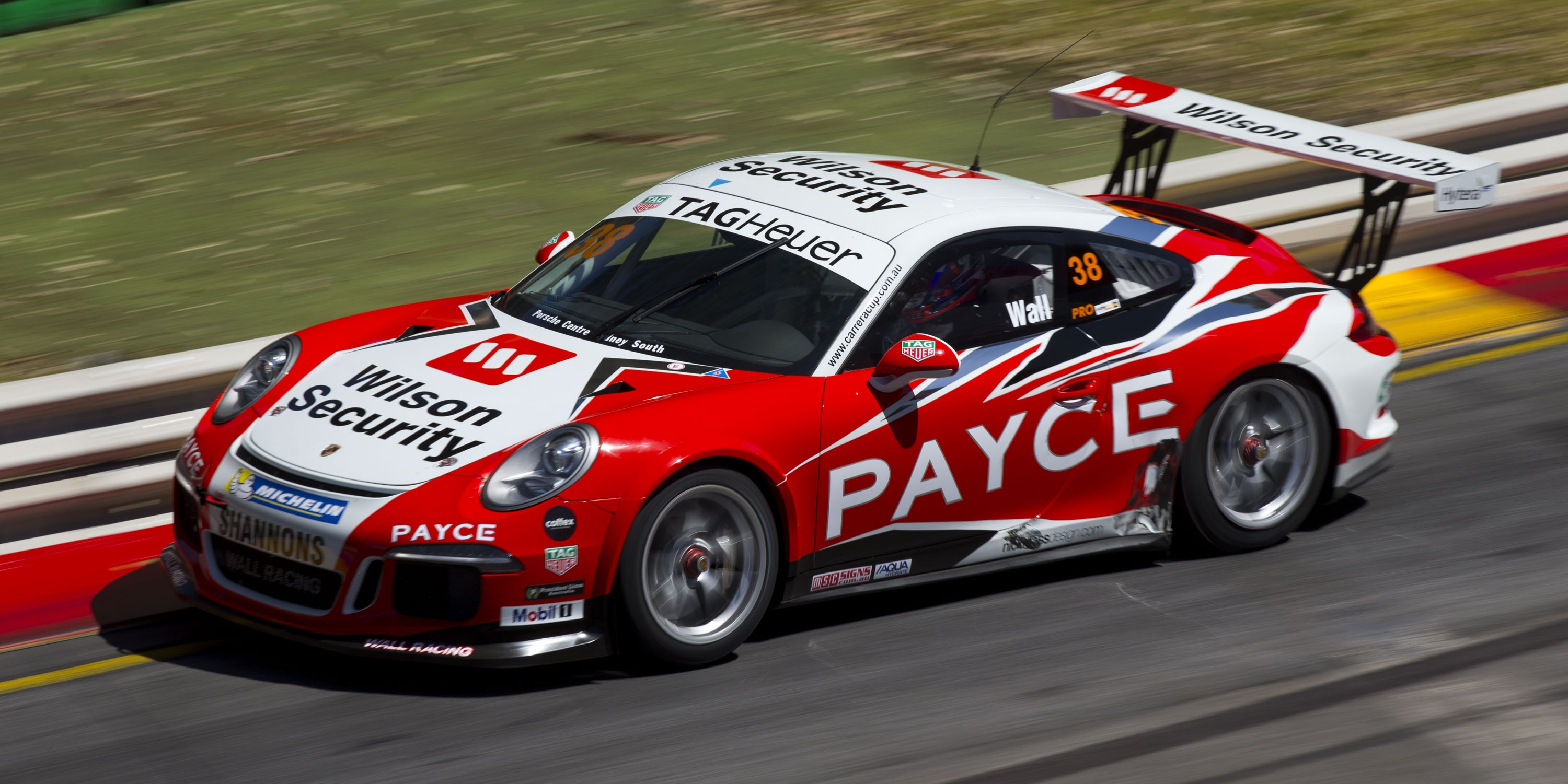Smollen joins Wall for Phillip Island Pro-Am
